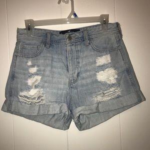 Hollister hi rise boyfriend shorts